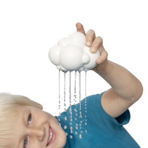 moluk-plui-rain-cloud-baby-toy-1