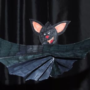 Dekoracje Halloween - harmonijkowy nietoperz